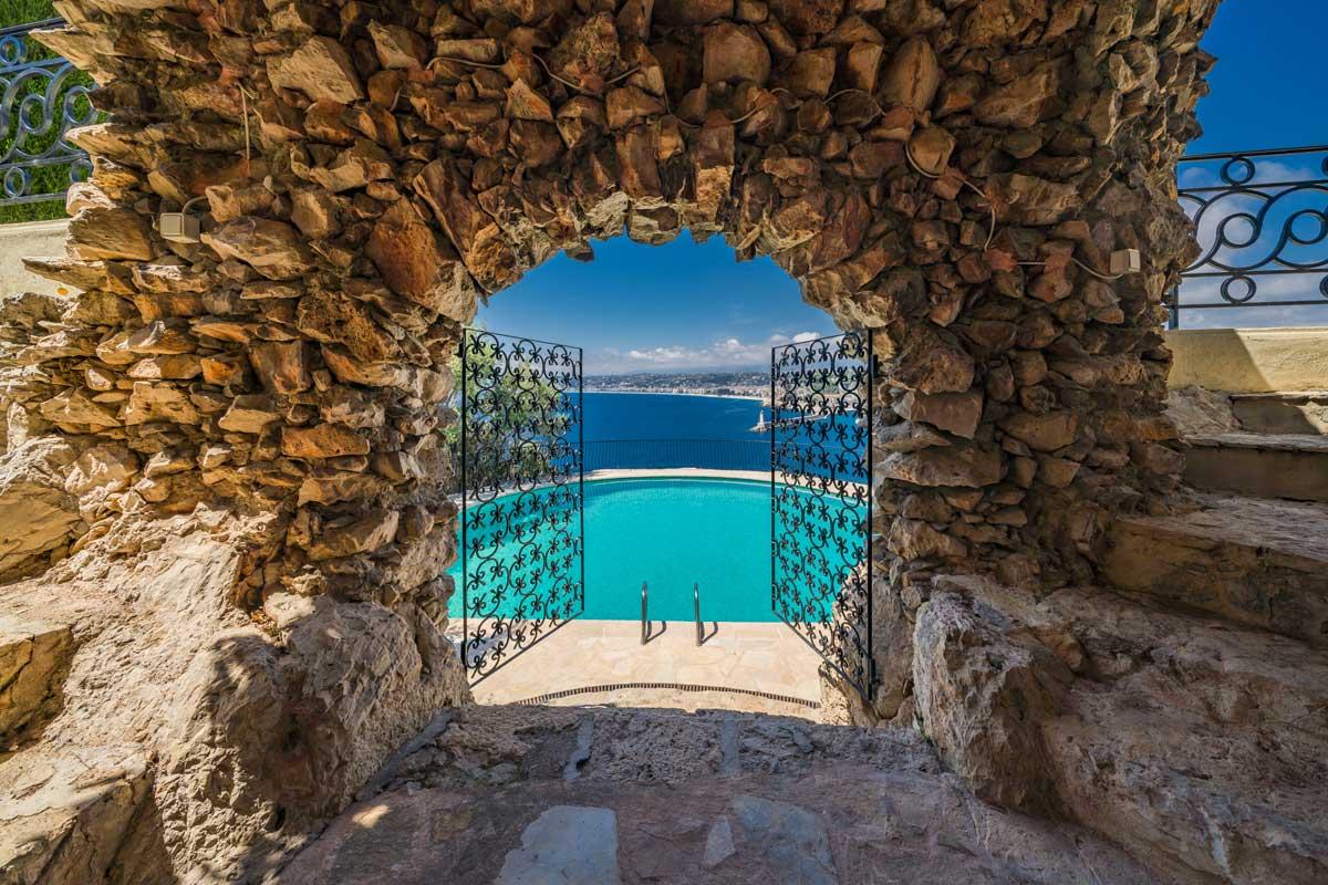 Villa Roc Fleuri Cap de Nice piscine extérieure