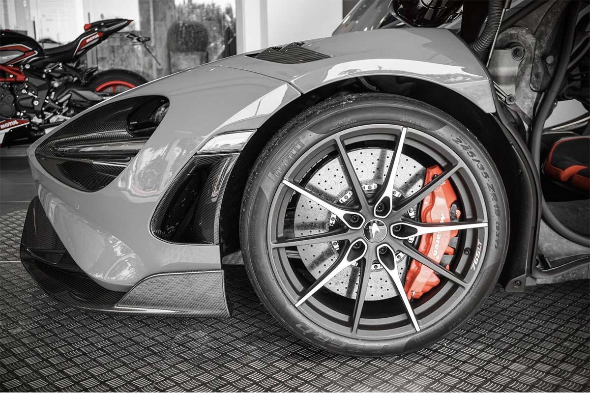 McLaren 765LT Monaco
